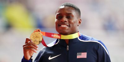 Christian Coleman, campione del mondo dei 100 metri, è stato sospeso due anni per aver violato le norme antidoping