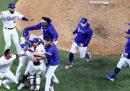 I Los Angeles Dodgers hanno vinto le World Series del baseball per la prima volta dal 1988