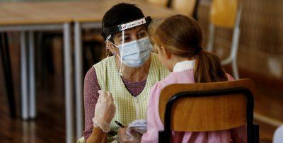 Cosa fare con il coronavirus a scuola, spiegato