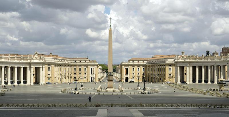 È stata arrestata Cecilia Marogna, coinvolta nella grossa inchiesta sulle  operazioni finanziarie della Segreteria di Stato della Santa Sede - Il Post