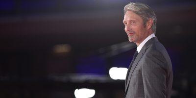 """Mads Mikkelsen sostituirà Johnny Depp in """"Animali fantastici 3"""""""