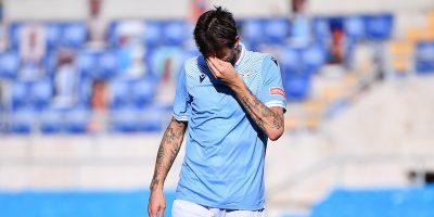 I tamponi dei calciatori della Lazio