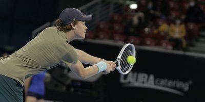 Il tennista italiano Jannik Sinner ha vinto gli Open di Sofia, il suo primo titolo ATP