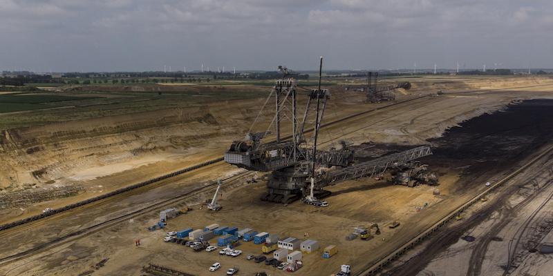 In Germania saranno demolite due cittadine per espandere una miniera di carbone