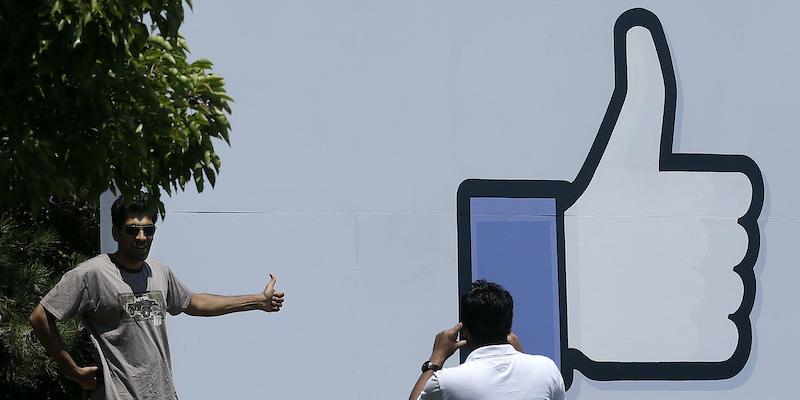 La campagna di trasparenza di Facebook non sta andando benissimo - Il Post