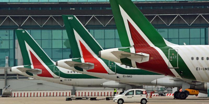 La Commissione Europea ha stabilito che il prestito di 900 milioni di euro erogato nel 2017 ad Alitalia dallo stato italiano fu illegale