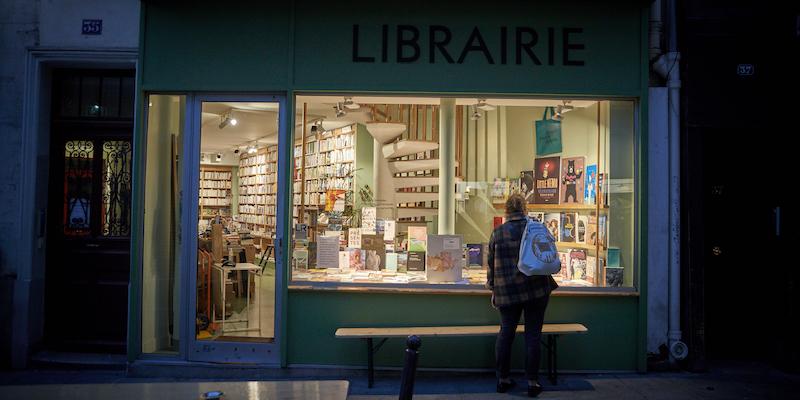 La Francia prova a salvare le librerie da Amazon