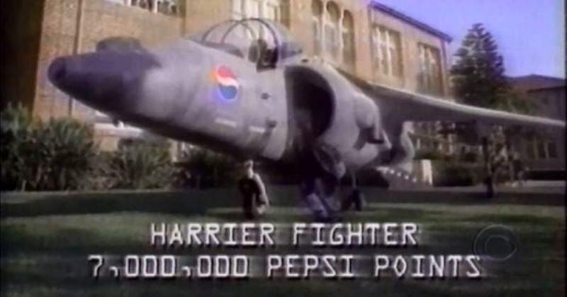 Il ragazzo che fece causa a Pepsi perché voleva un jet militare